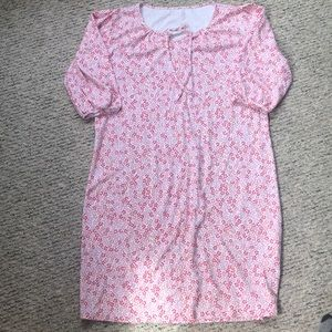 L.L. Bean women's nightgown. Size small.